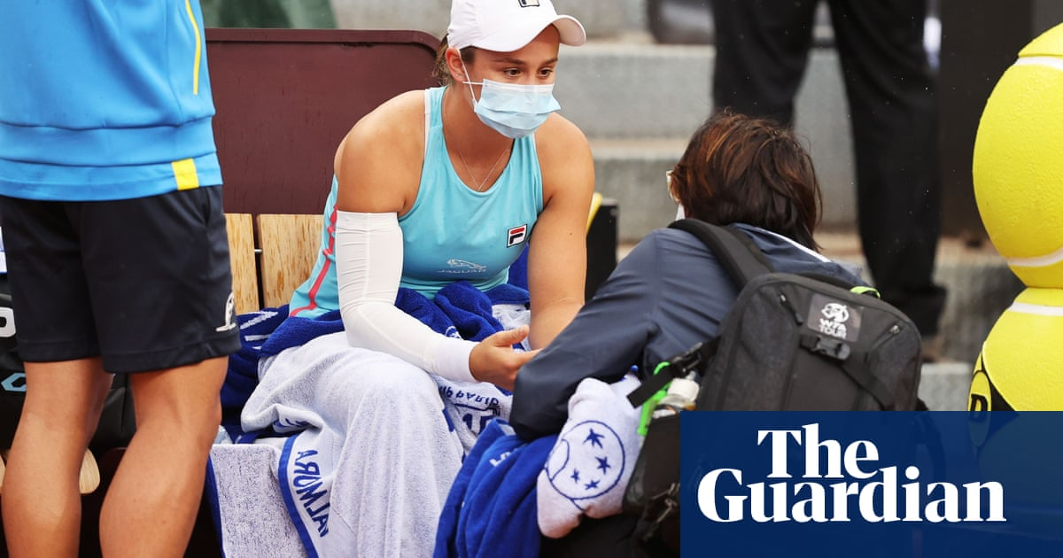 'Pain too severe': Ash Barty retires from Italian Open with arm injury