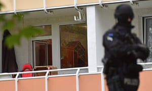 Investigators found 1kg of a highly volatile explosive in another property, in Chemnitz.