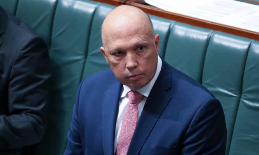 Home affairs minister Peter Dutton wants to declare phones and other items 'prohibited' in onshore immigration detention centre, saying it's needed to stop the spread of drugs and contraband items.