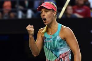 Angelique Kerber breaks Serena's serve again.