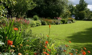 Ballyroberts Gardens Station Lawn borders