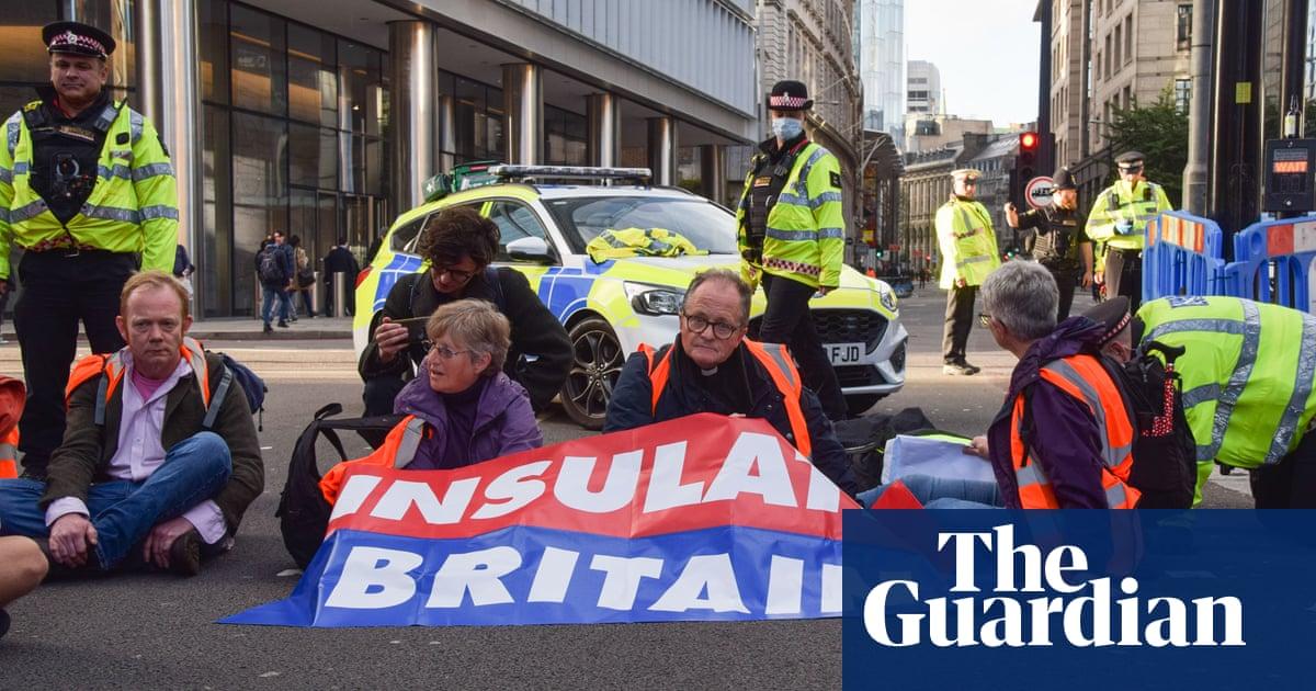 Insulate Britain declares M25 'site of non-violent civil resistance'
