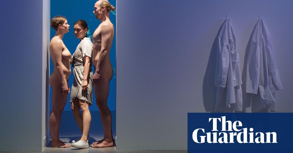 Marina Abramović's naked living doorway to be recreated at ...