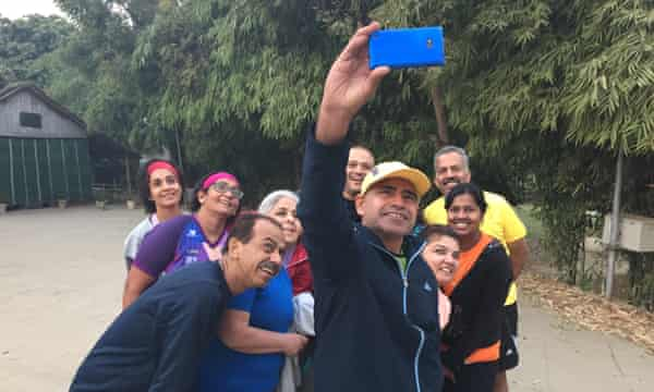 Coach takes a 5km group selfie.