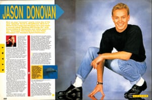 Jason Donovan takes a bow before the readers of Smash Hits.