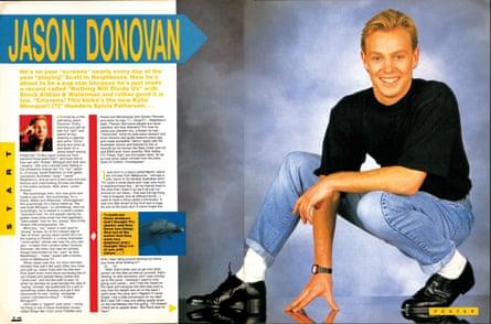 Jason Donovan takes a bow before the readers of Smash Hits.