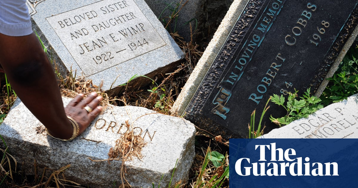 The quest to find African American graves before they're lost to climate crisis