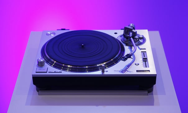 Technics 1200: the old favourite returns – but is it worth