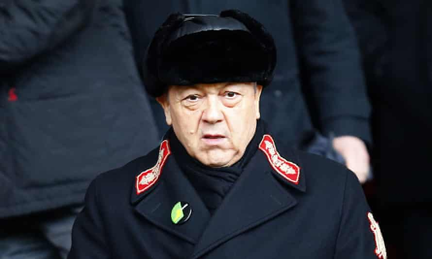 David Sullivan has promoted Rise of the Krays on West Ham's website but denies any involvement in positive reviews posted on IMDB.