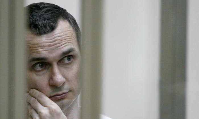 La lutte pour de droits de l'homme dans la Russie doit se poursuivre 3000