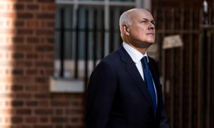 Iain Duncan Smith arrives at Downing Street