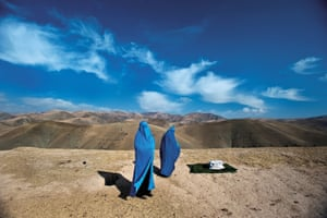 Noor Nisa, 18 (right), in labour and stranded with her mother in Badakhshan province, Afghanistan, November 2009