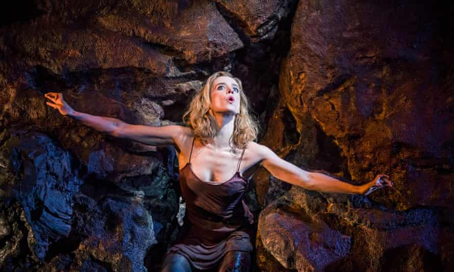 'Extraordinary' Lisa Dwan in No's Knife: 'spread-eagled on a rocky mountainside, in the way ivy might insinuate itself into stone'.
