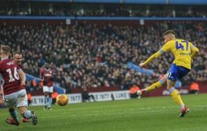 Clarke gets one back for Leeds.