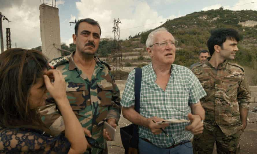 Robert Fisk reporting from the the Idlib frontline in 2018.
