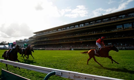 Talking Horses: British racing kept waiting while France resumes in style