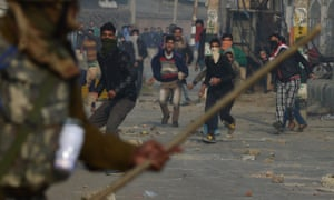 Kashmiri protesters clash with Indian police earlier this month