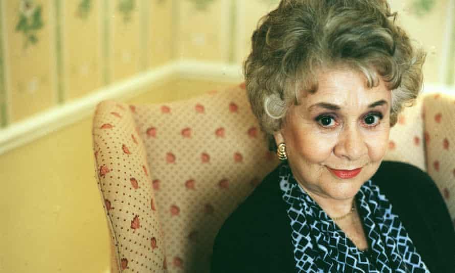 Joan Plowright in 2001.