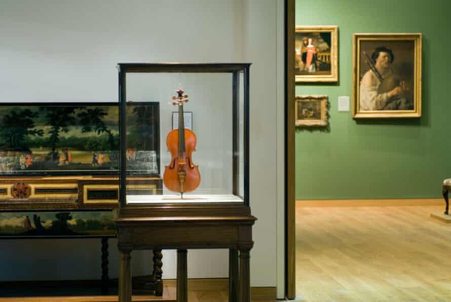 Messiah violin made by Antonius Stradivarius