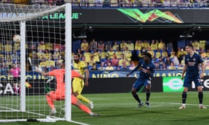 Raul Albiol of Villarreal doubles the home side's lead.