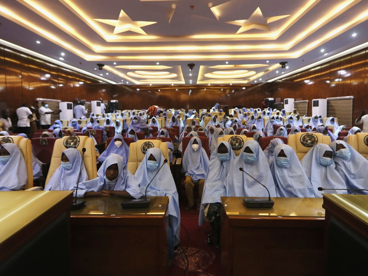 279 Kidnapped Schoolgirls Are Free Said Nigerian Governor