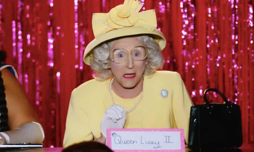 Anita Wigl'it in drag as Queen Elizabeth II on RuPaul's Drag Race Down Under