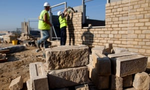 Workers at Bovis building site in Bicester