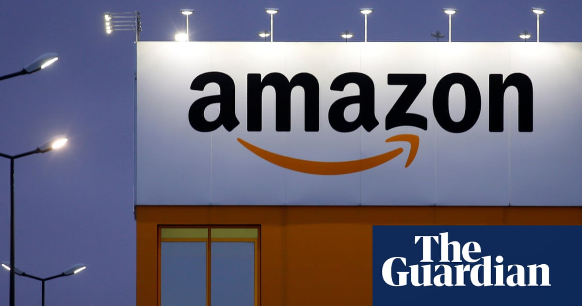 'Fake' Twitter users rush to Amazon's defense over unions and working conditions