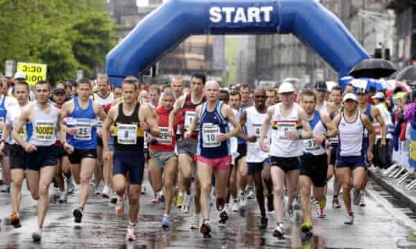 The start of the Edinburgh marathon back in 2007
