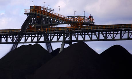 Centre-right thinktank warns Morrison government of 'grave future for coal exports'