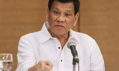Philippines: Rodrigo Duterte orders soldiers to shoot female rebels 'in the vagina'