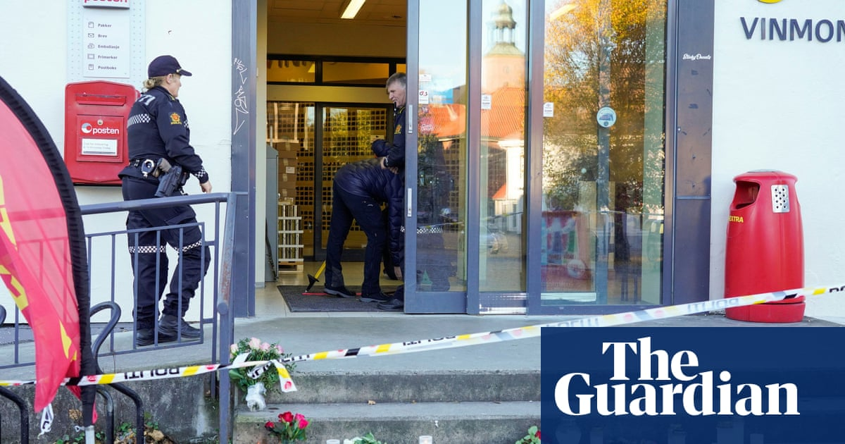 Norway attack victims stabbed not shot with arrows, say police