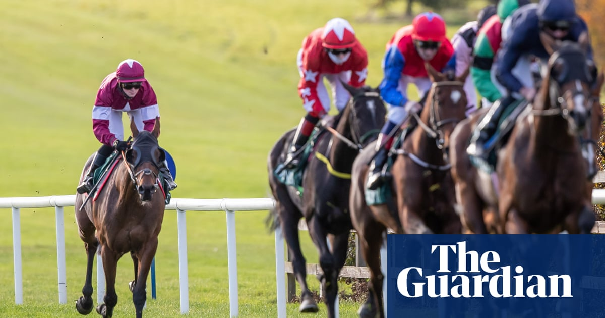Tiger Roll runs flat on return to level with Grand National hat-trick the target