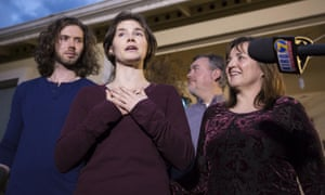 Amanda Knox and family in Seattle