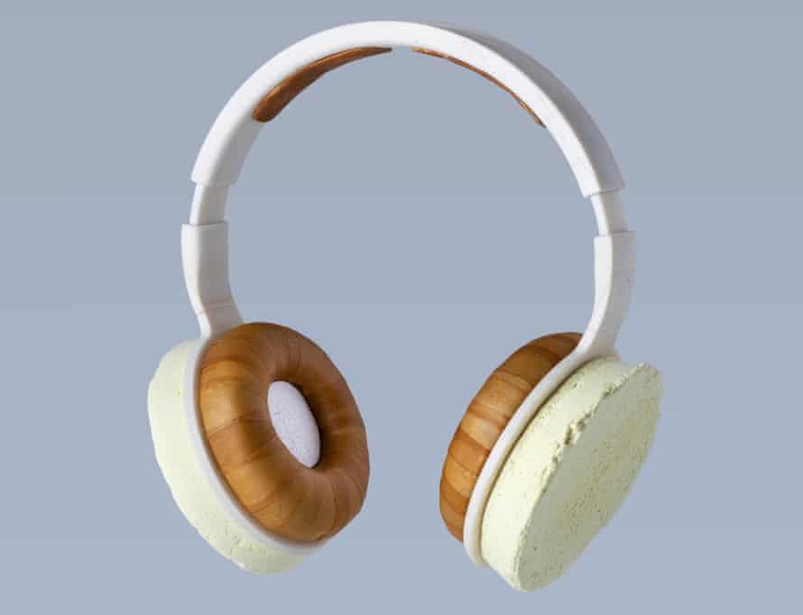 Aivan Korvaa headphones, grown from fungus and yeast.