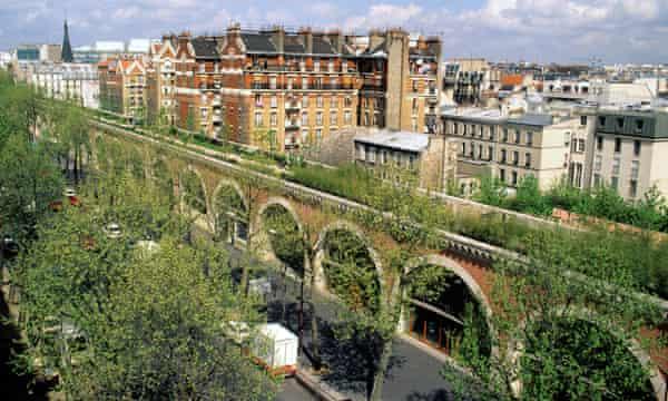 Restructuring Paris … the Promenade Plantée.