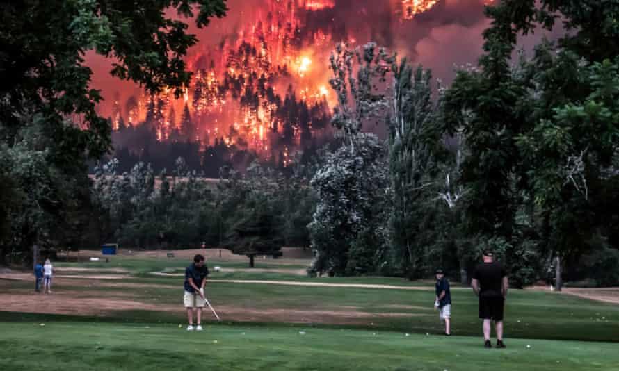 Eagle Creek wildfire, close to Beacon Rock golf course, Washington, US, in 2017.