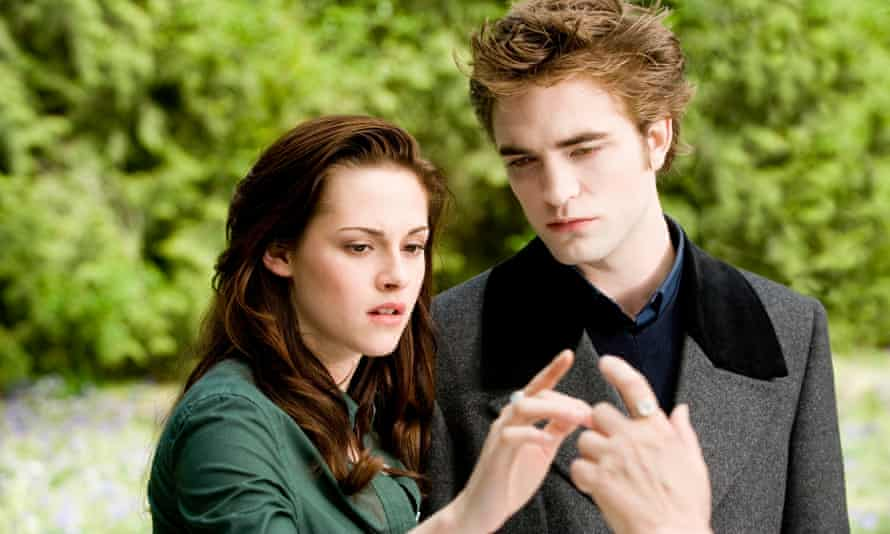 With Robert Pattinson in The Twilight Saga: New Moon.