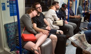 The shoulder is a popular resting place on the night tube