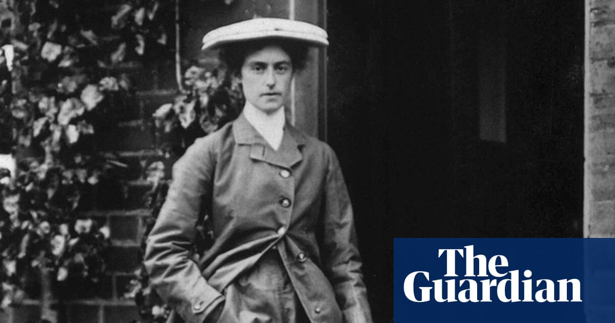 'Flying feminist' Lilian Bland celebrated in new exhibition