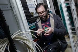 Matt Kingdon, one of the Abbey Road engineers, setting up