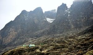 Uganda Rwenzori Margherita Camp By Glacier (2)