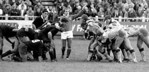 Neath face the All Blacks in 1989.