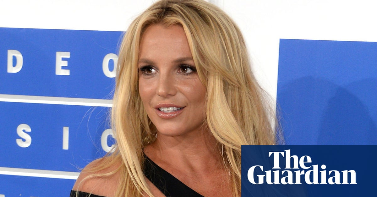 Britney Spears's manager quits and suggests singer may retire