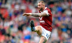 Zak Hardaker of Wigan Warriors had to come off at half-time against Hull KR.