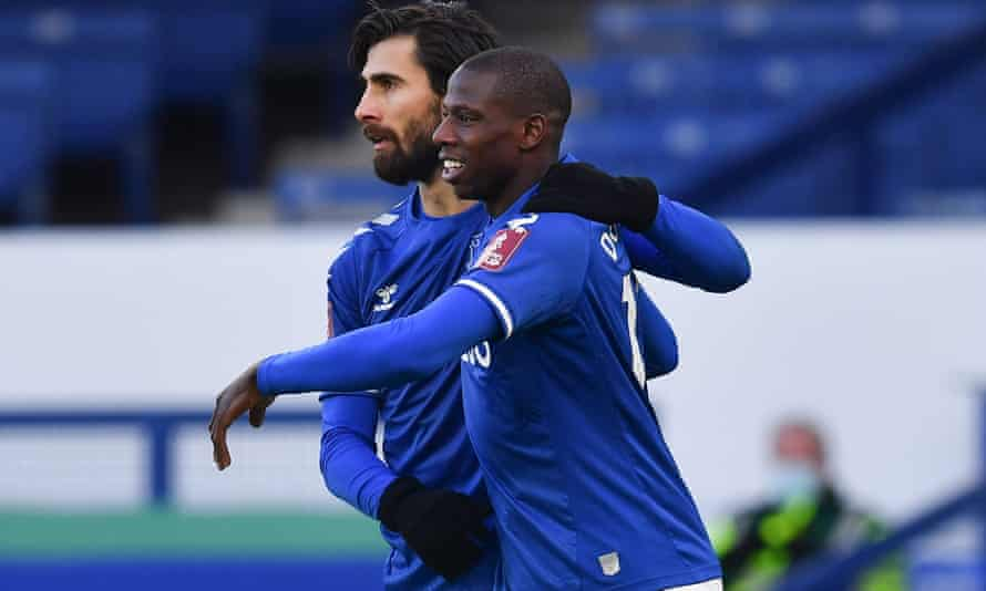 Everton's Abdoulaye Doucouré celebrates his extra-time winner at Goodison Park.