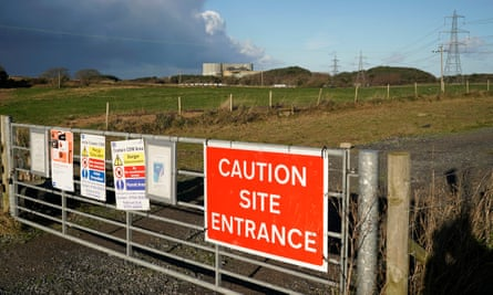 Hitachi has announced it is suspending work on its £20bn nuclear plant at Wylfa in Wales.