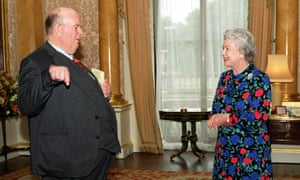 Les Murray after being presented with the gold medal for poetry by the Queen at Buckingham Palace, London, in 1999.