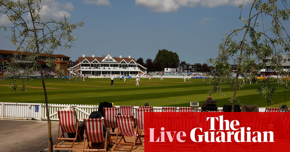 County cricket: Somerset v Yorkshire, Warwickshire v Essex – live!