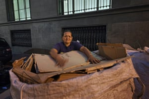 Paulina, 52, with cardboard